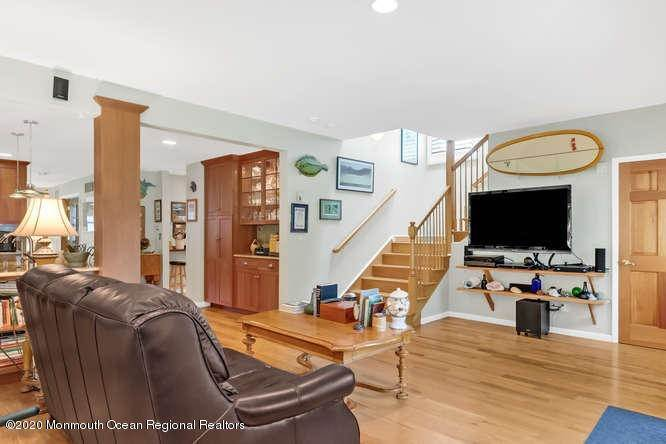 22. Single Family Homes for Sale at 248 Park Avenue Bay Head, New Jersey 08742 United States