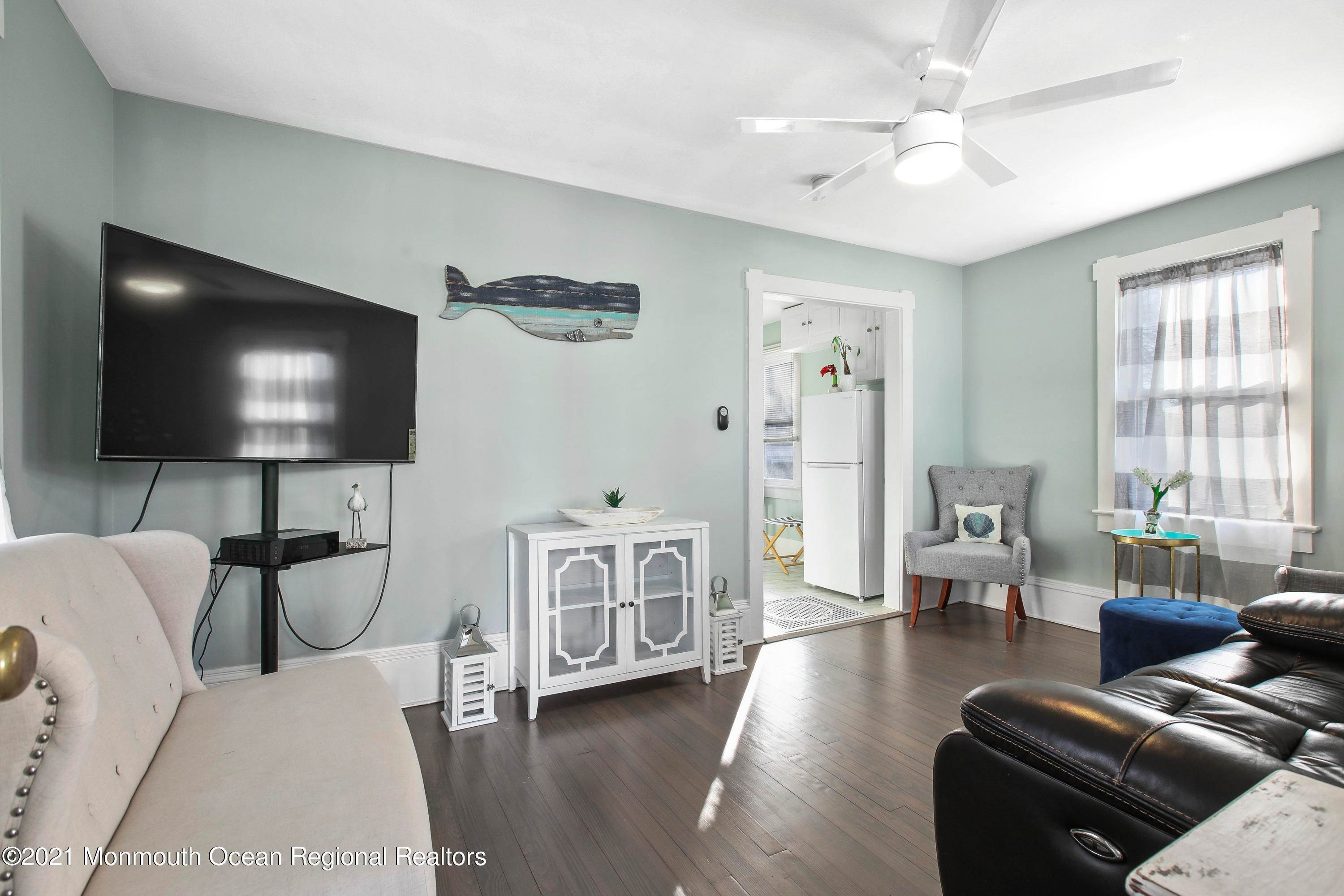 27. Single Family Homes for Sale at 503 1/2 Monmouth Avenue Bradley Beach, New Jersey 07720 United States