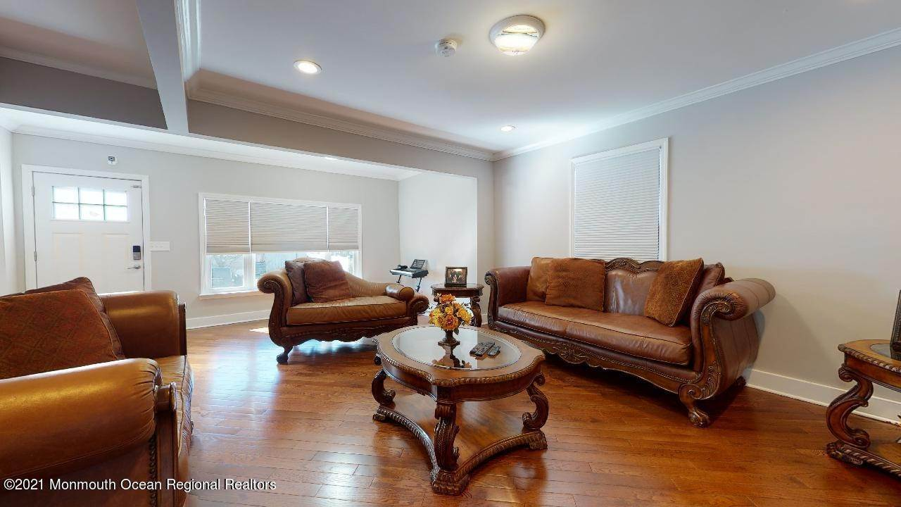 18. Single Family Homes for Sale at 193 Ludlow Street Long Branch, New Jersey 07740 United States