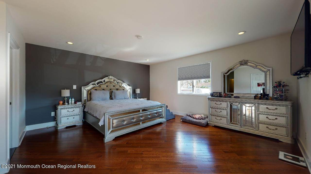 12. Single Family Homes for Sale at 193 Ludlow Street Long Branch, New Jersey 07740 United States
