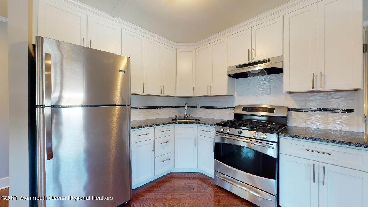 28. Single Family Homes for Sale at 193 Ludlow Street Long Branch, New Jersey 07740 United States