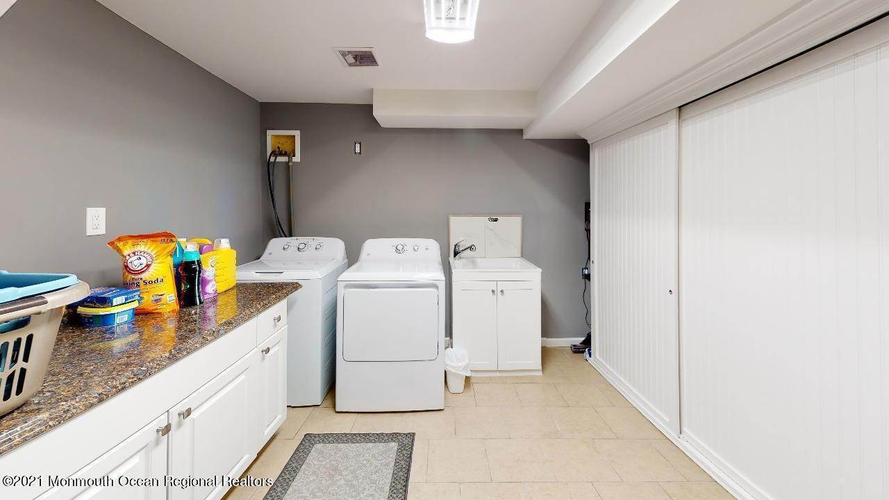 21. Single Family Homes for Sale at 193 Ludlow Street Long Branch, New Jersey 07740 United States