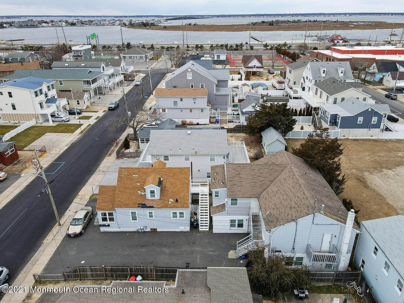 4. Multi-Family Homes for Sale at 250 Hancock Avenue Seaside Heights, New Jersey 08751 United States