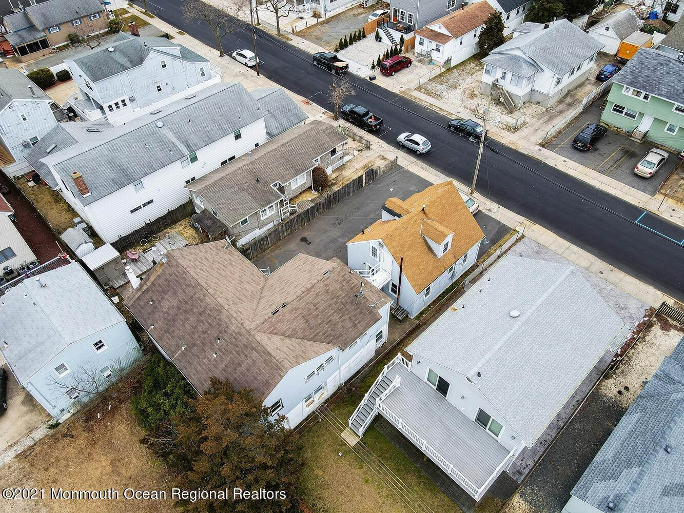 7. Multi-Family Homes for Sale at 250 Hancock Avenue Seaside Heights, New Jersey 08751 United States