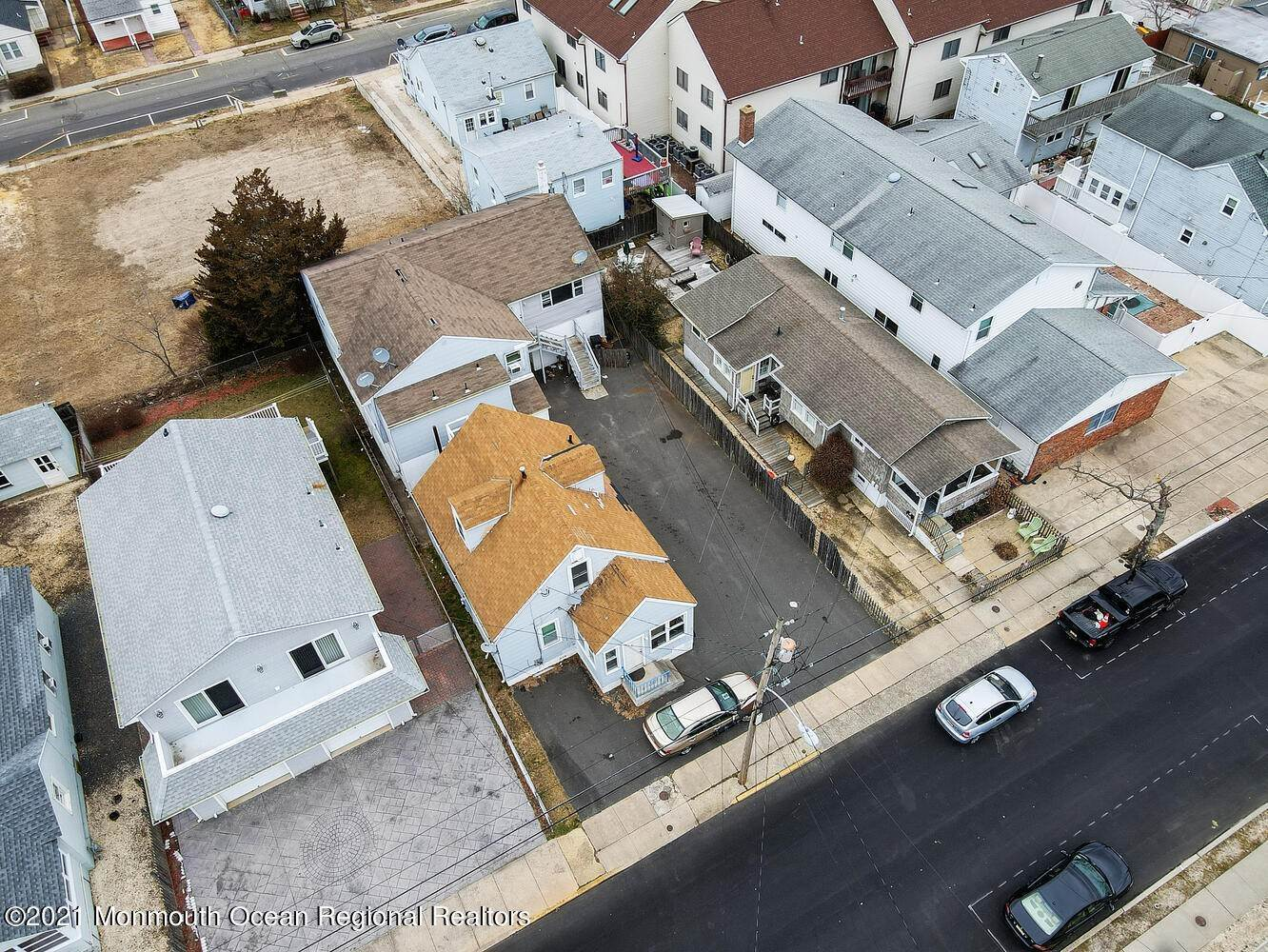 8. Multi-Family Homes for Sale at 250 Hancock Avenue Seaside Heights, New Jersey 08751 United States