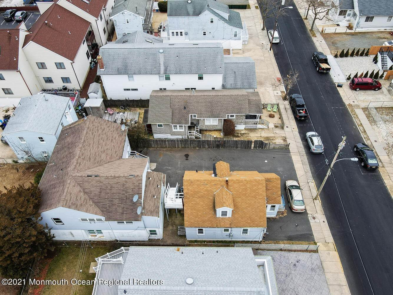 9. Multi-Family Homes for Sale at 250 Hancock Avenue Seaside Heights, New Jersey 08751 United States