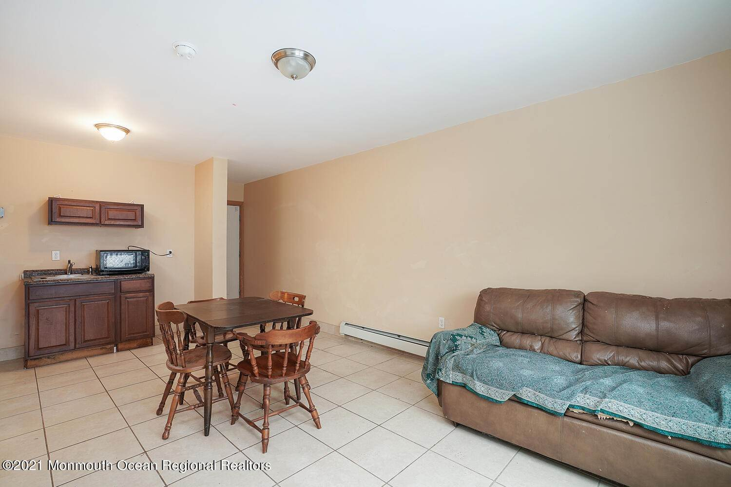 20. Multi-Family Homes for Sale at 250 Hancock Avenue Seaside Heights, New Jersey 08751 United States