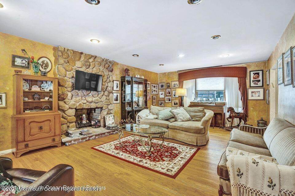 16. Single Family Homes at 10 Truax Road Long Branch, New Jersey 07740 United States