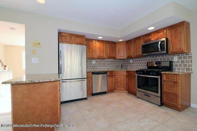 4. Condominiums for Sale at 331 Lacey Road Forked River, New Jersey 08731 United States