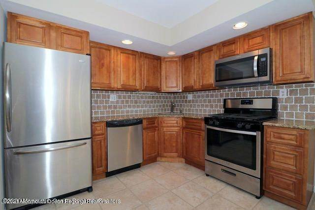 5. Condominiums for Sale at 331 Lacey Road Forked River, New Jersey 08731 United States
