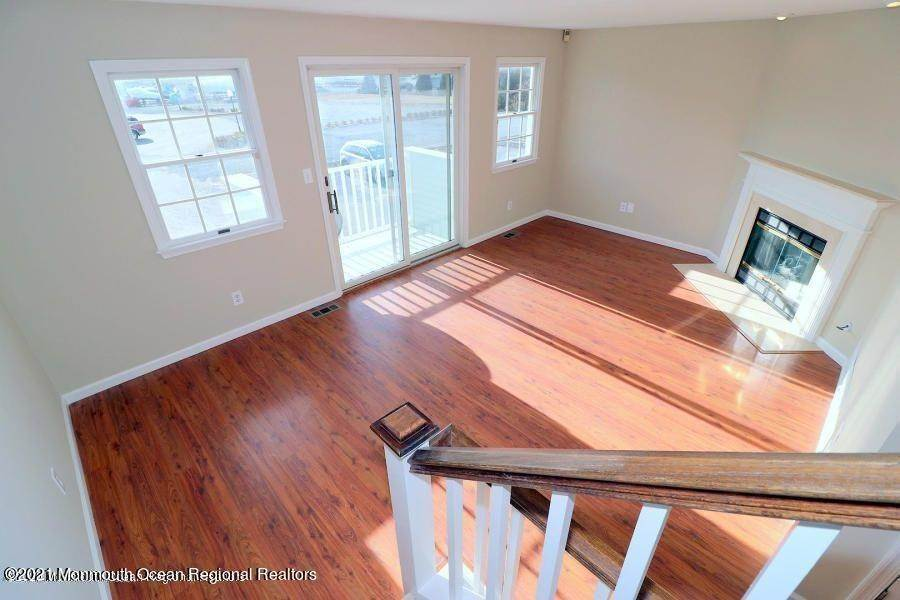 11. Condominiums for Sale at 331 Lacey Road Forked River, New Jersey 08731 United States