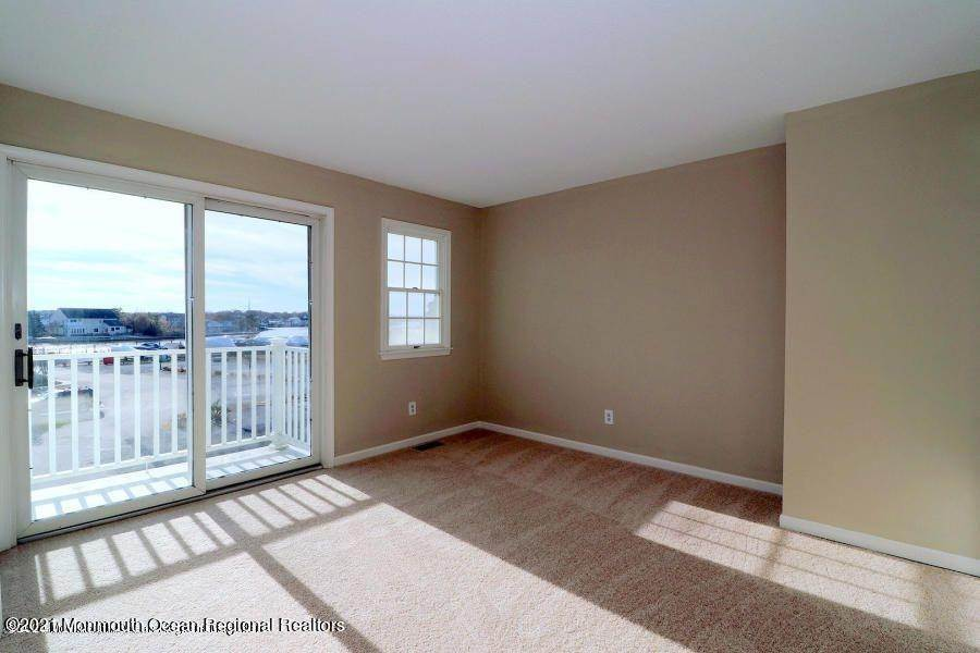 13. Condominiums for Sale at 331 Lacey Road Forked River, New Jersey 08731 United States