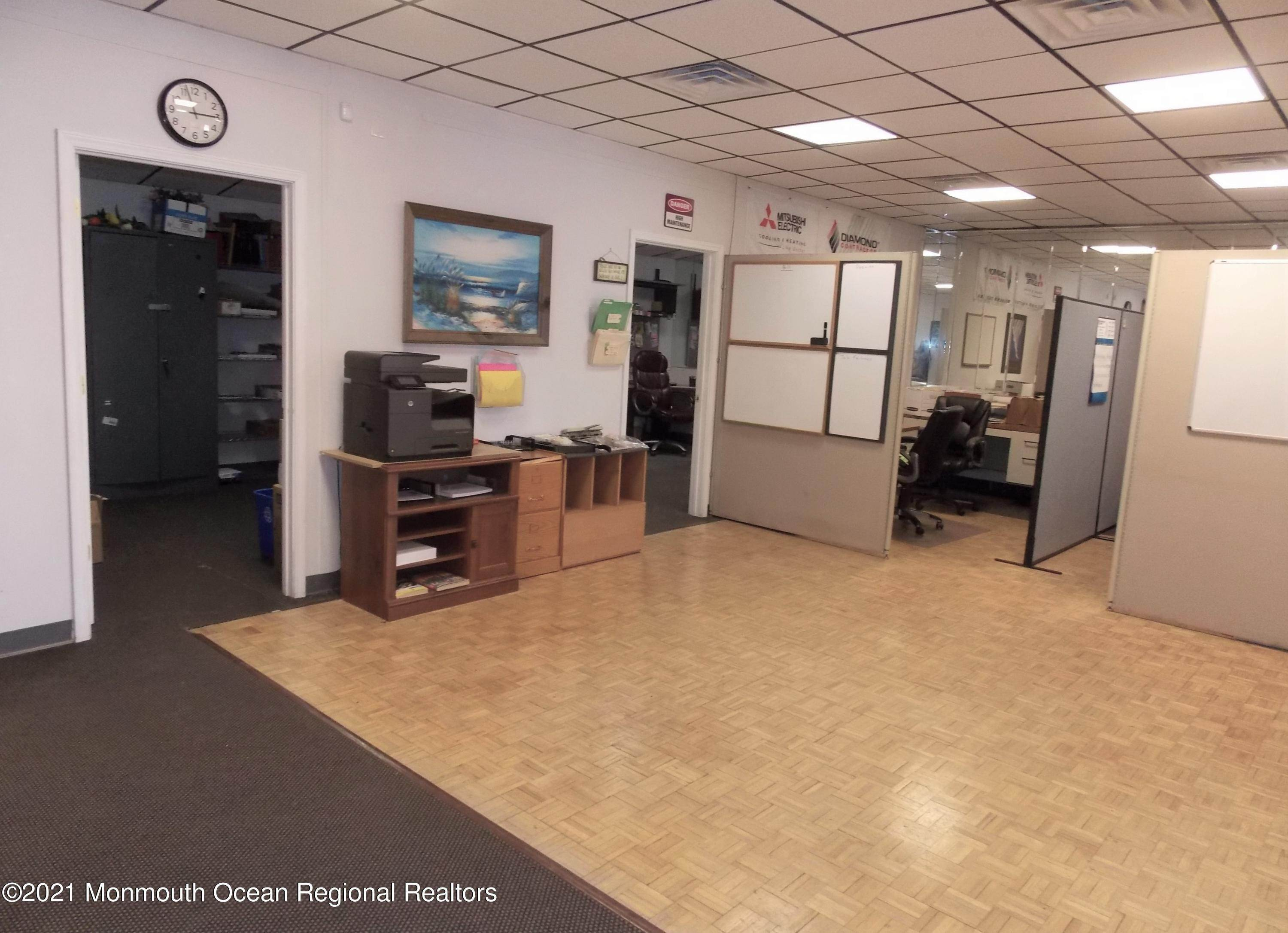 16. Commercial for Sale at 200 Grant Avenue Pine Beach, New Jersey 08741 United States