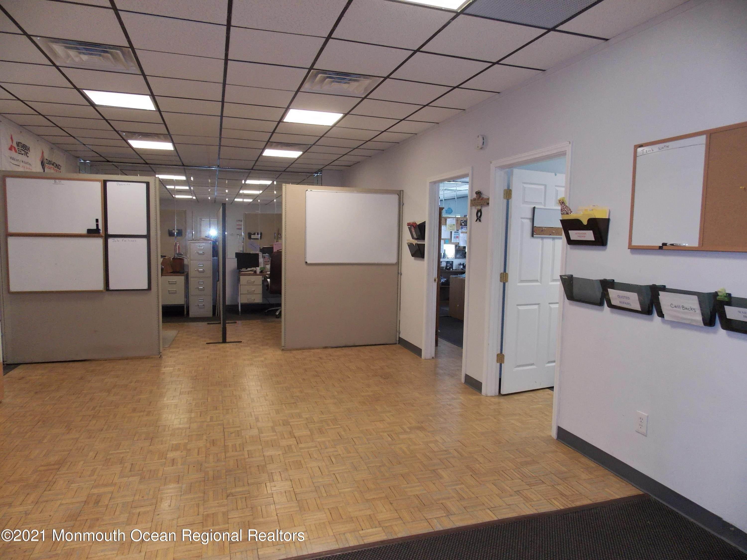 18. Commercial for Sale at 200 Grant Avenue Pine Beach, New Jersey 08741 United States