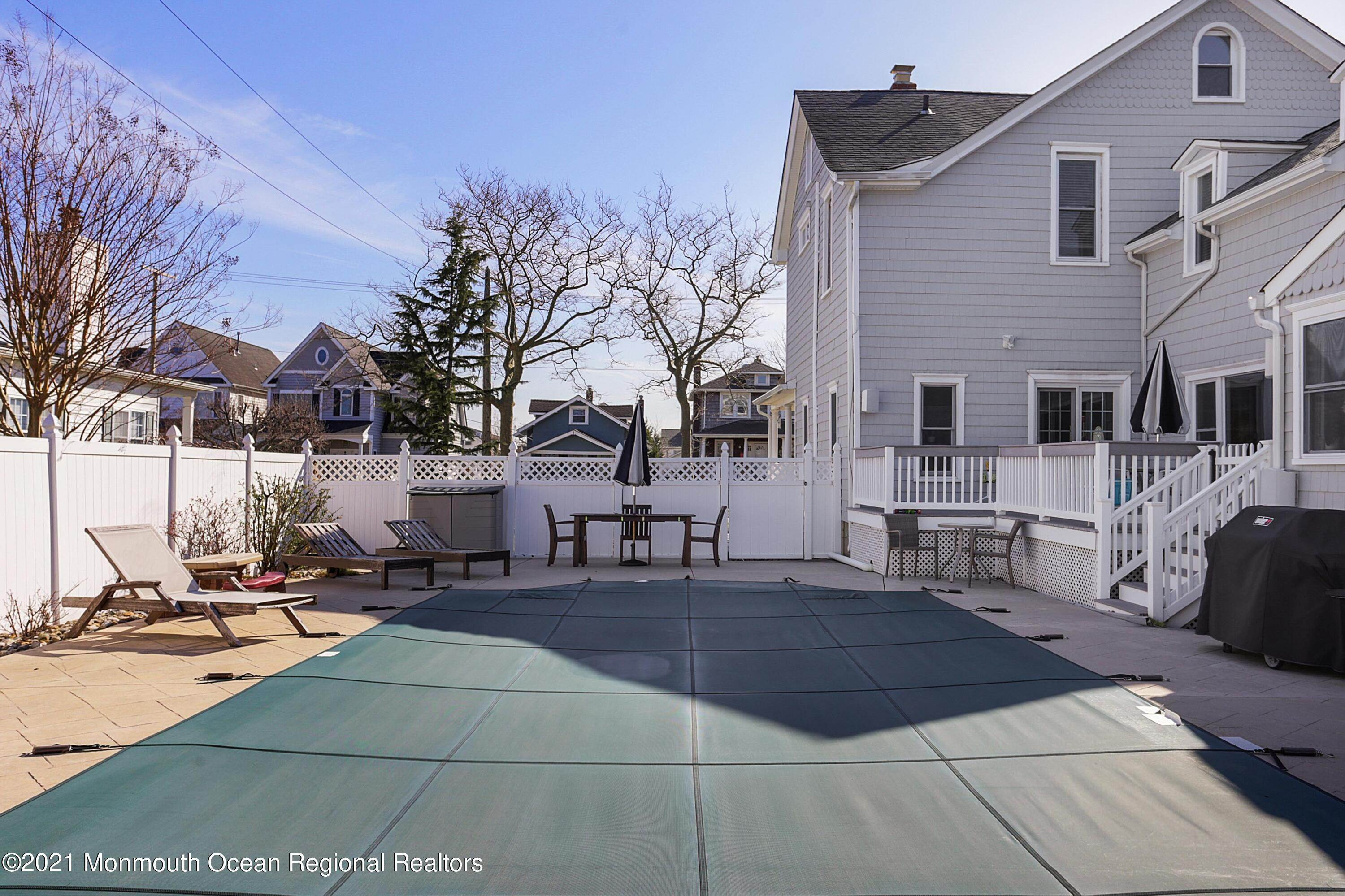 46. Single Family Homes for Sale at 314 5th Avenue Belmar, New Jersey 07719 United States