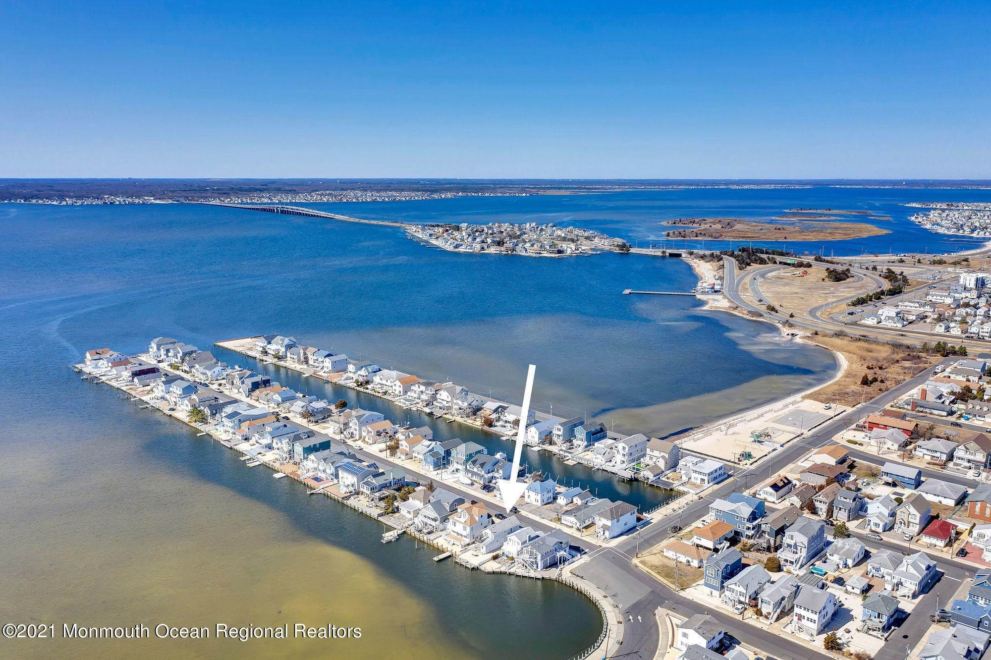7. Multi-Family Homes for Sale at 207 N Street Seaside Park, New Jersey 08752 United States