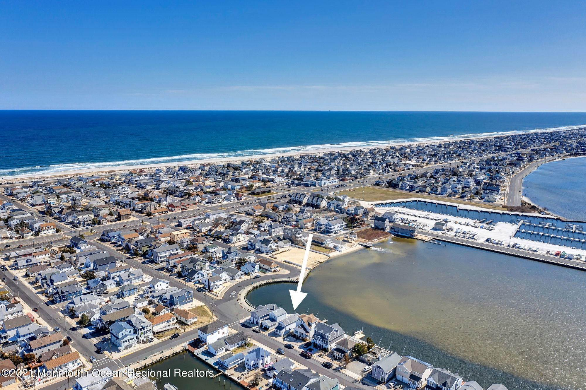 5. Multi-Family Homes for Sale at 207 N Street Seaside Park, New Jersey 08752 United States