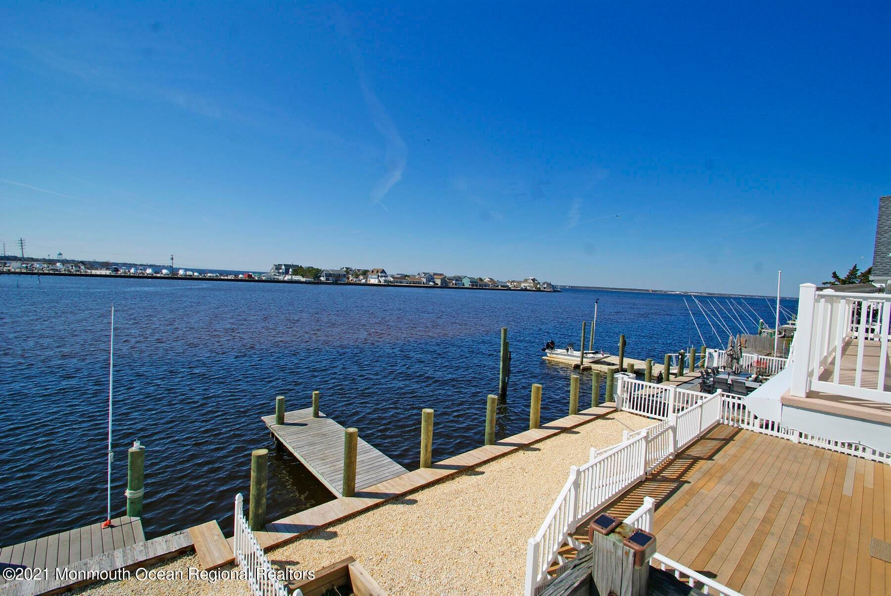 4. Multi-Family Homes for Sale at 207 N Street Seaside Park, New Jersey 08752 United States