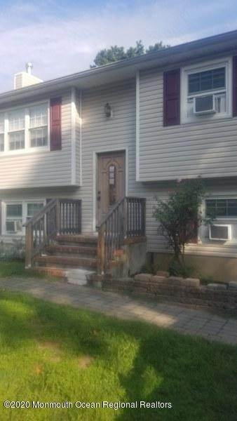 Single Family Homes for Sale at 134 Smith Circle Point Pleasant, New Jersey 08742 United States