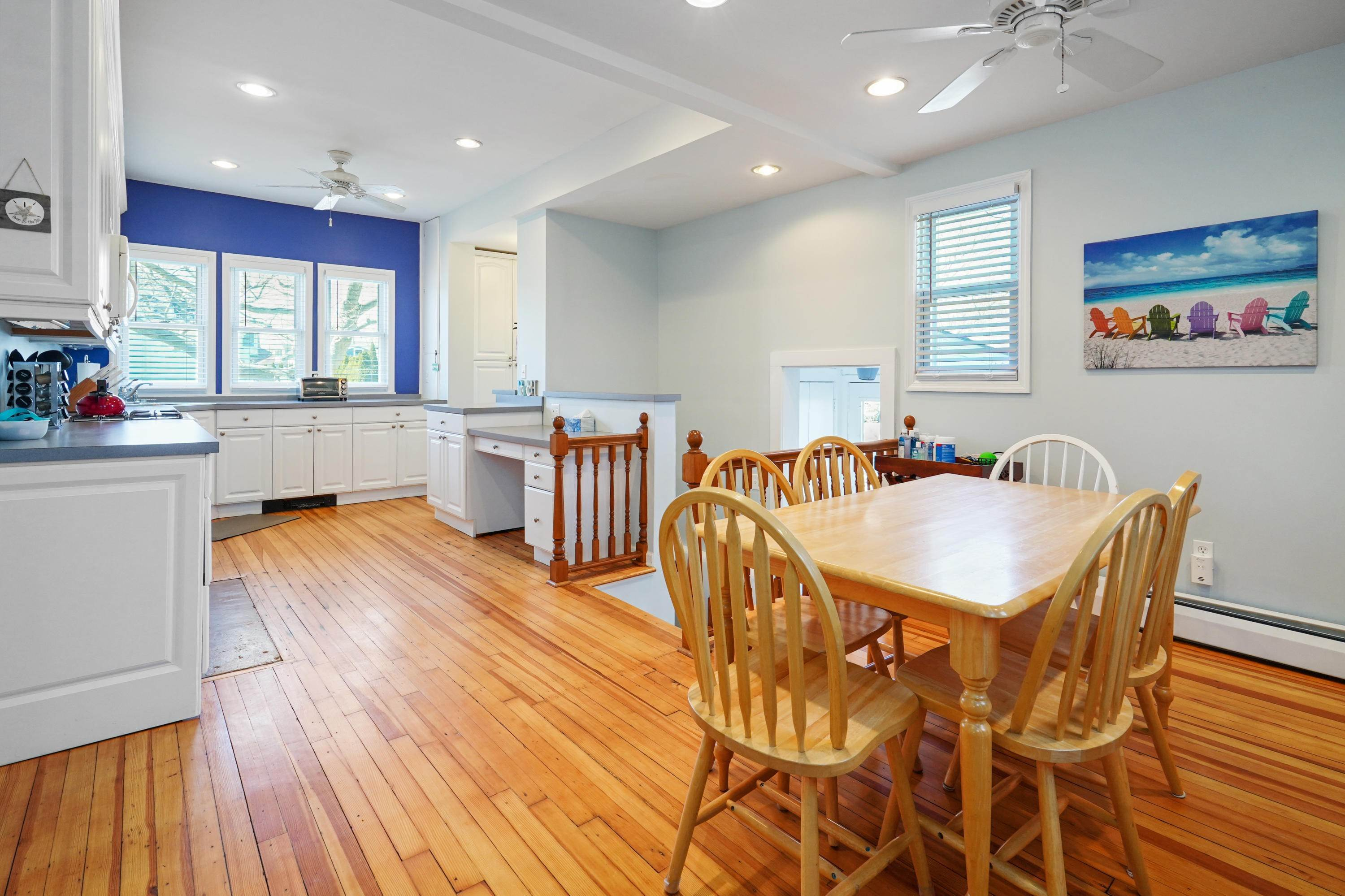 17. Single Family Homes for Sale at 342 Lincoln Avenue Avon by the Sea, New Jersey 07717 United States