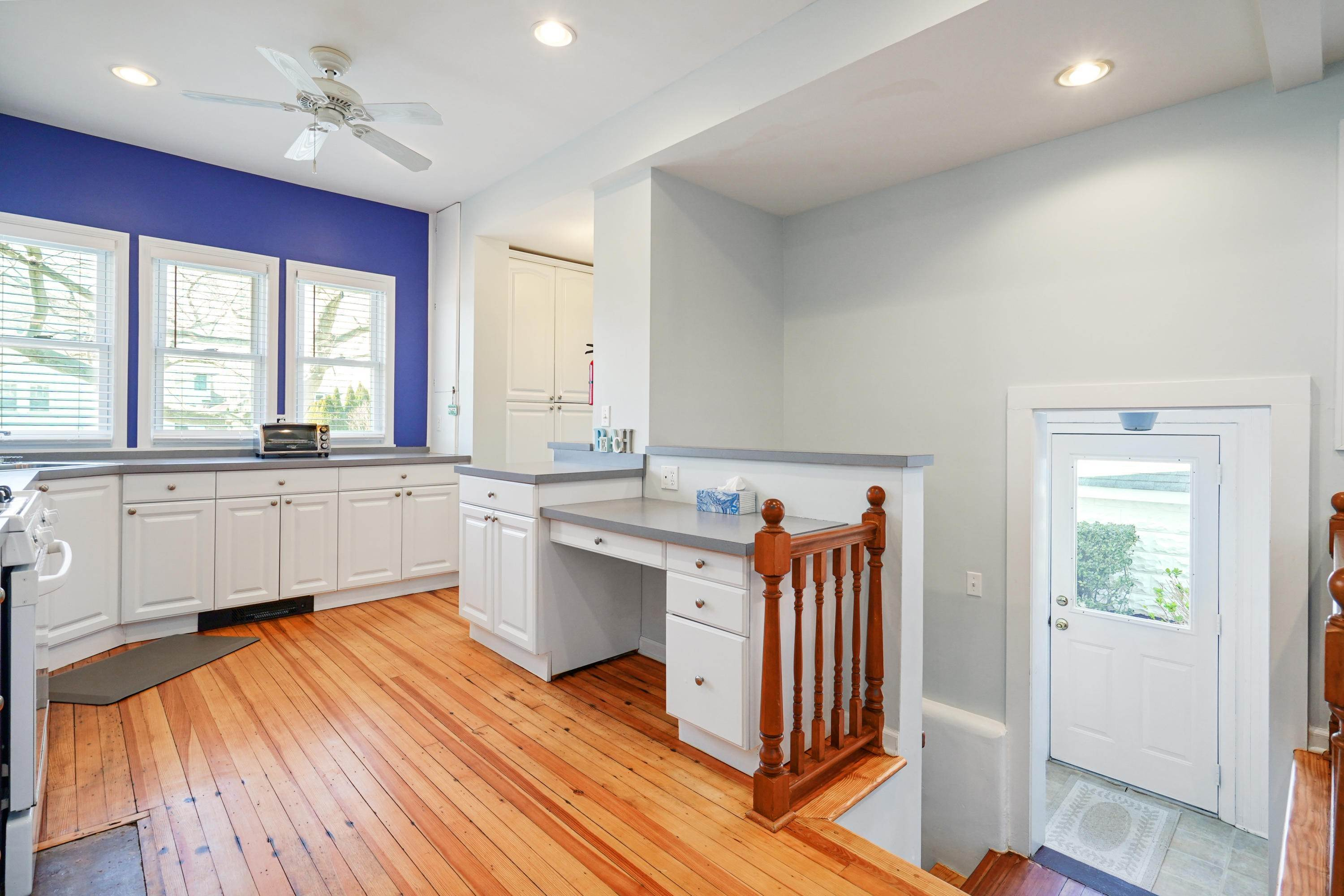 11. Single Family Homes for Sale at 342 Lincoln Avenue Avon by the Sea, New Jersey 07717 United States
