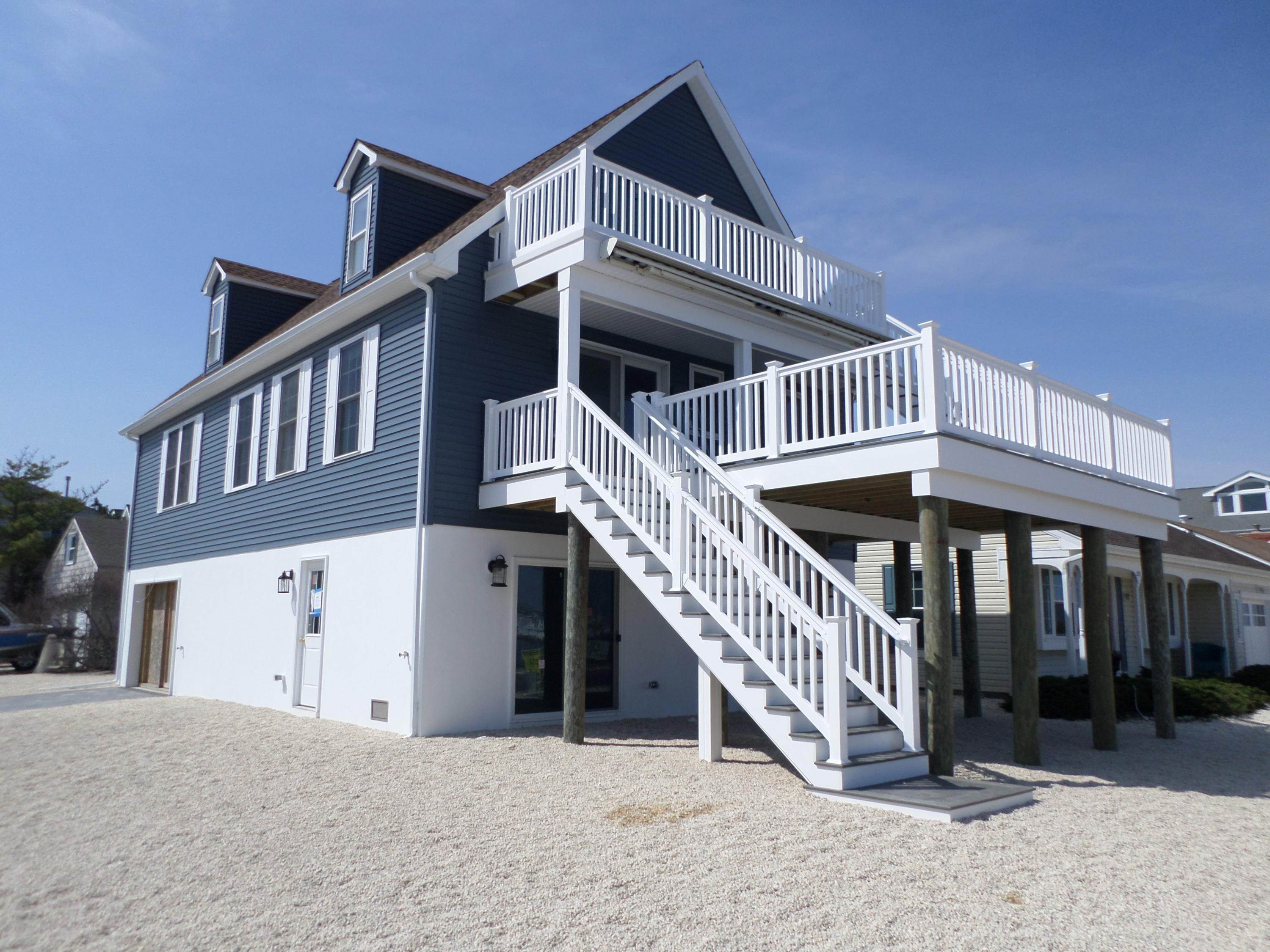 7. Single Family Homes for Sale at 201 K Street Seaside Park, New Jersey 08752 United States