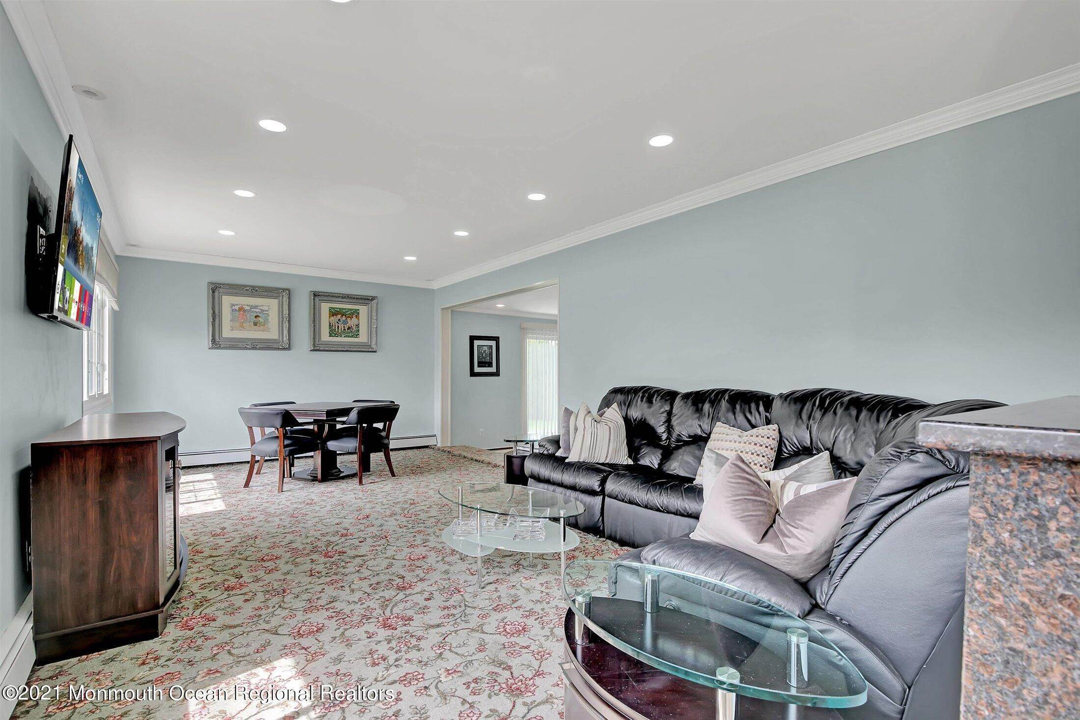6. Single Family Homes for Sale at 251 Highland Avenue Long Branch, New Jersey 07740 United States