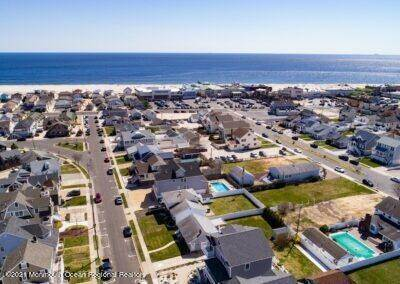 43. Single Family Homes for Sale at 34 Niblick Street Point Pleasant Beach, New Jersey 08742 United States