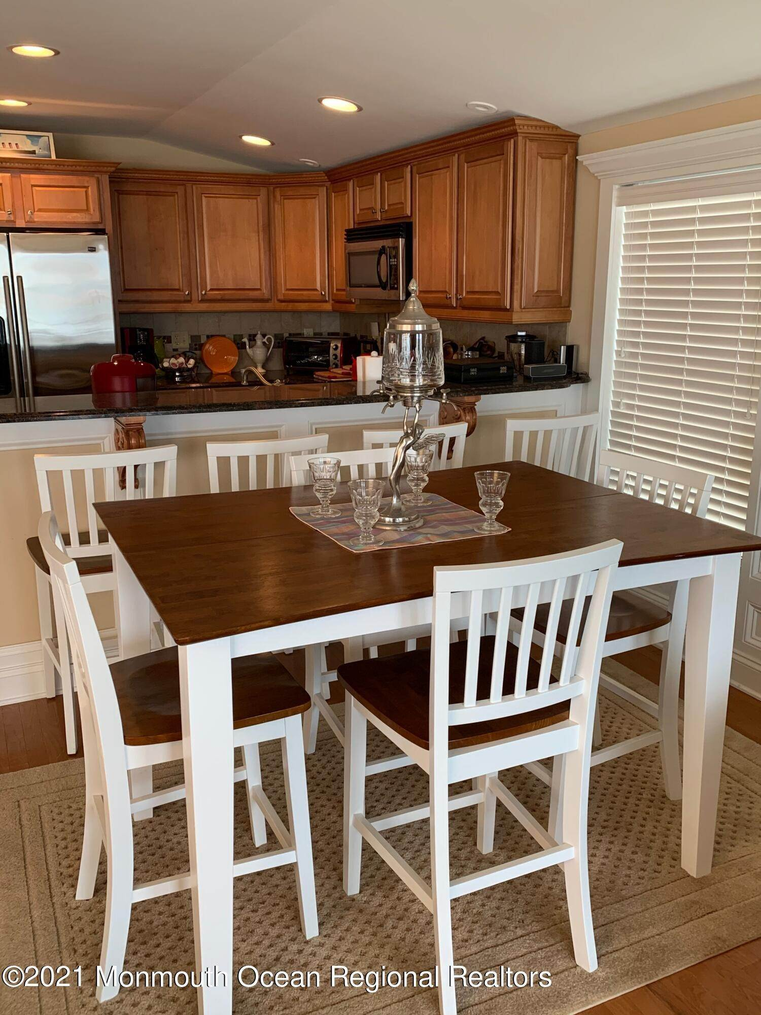 7. Single Family Homes for Sale at 106 4th Street Ship Bottom, New Jersey 08008 United States