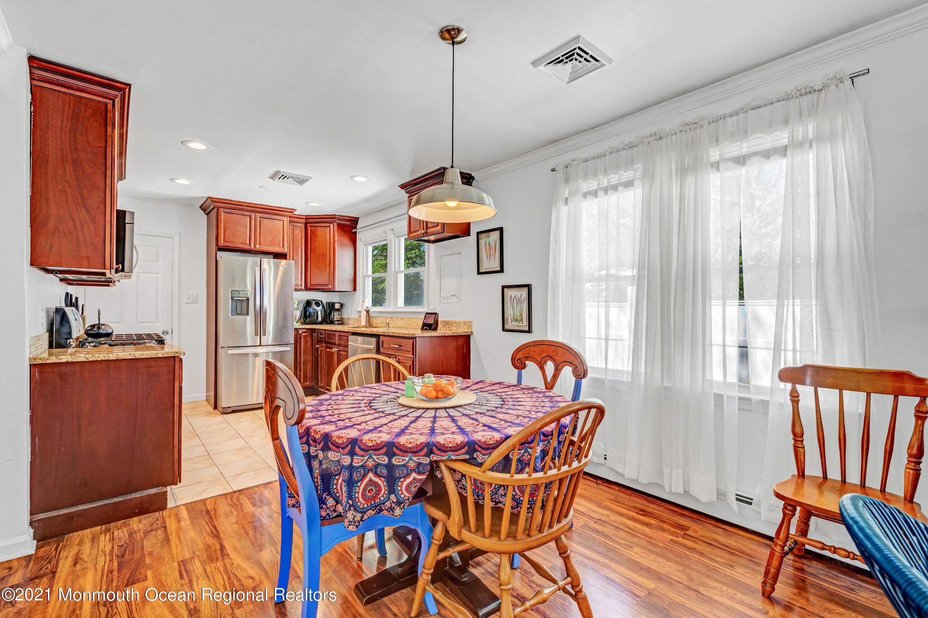 11. Single Family Homes for Sale at 340 Long Branch Avenue Ocean Gate, New Jersey 08740 United States