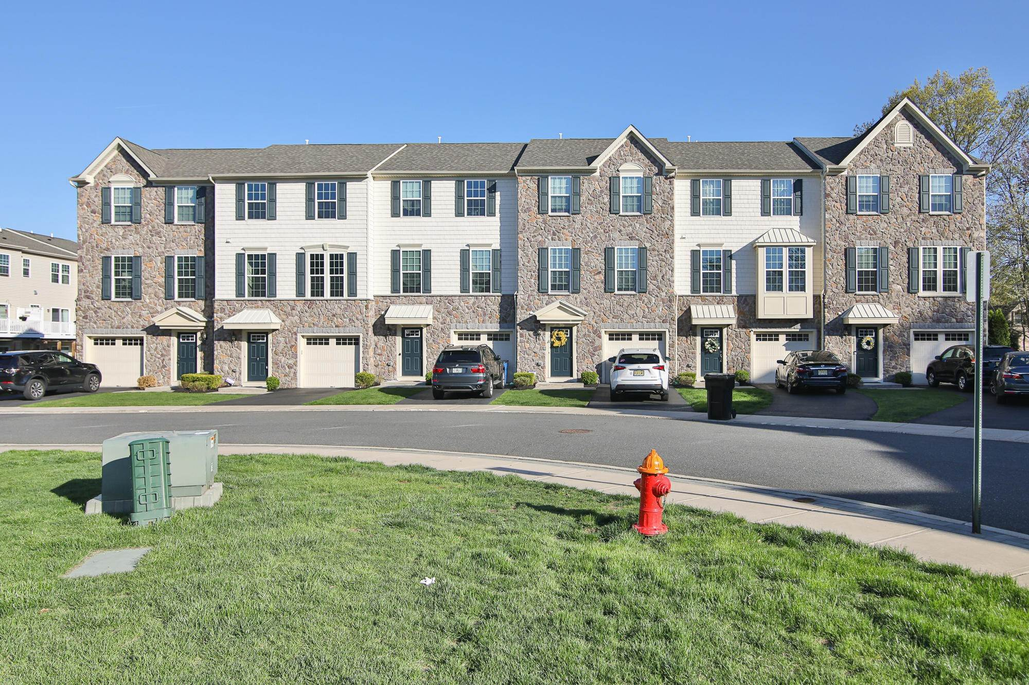 Condominiums for Sale at 106 Phillip E Frank Way Cliffwood, New Jersey 07721 United States
