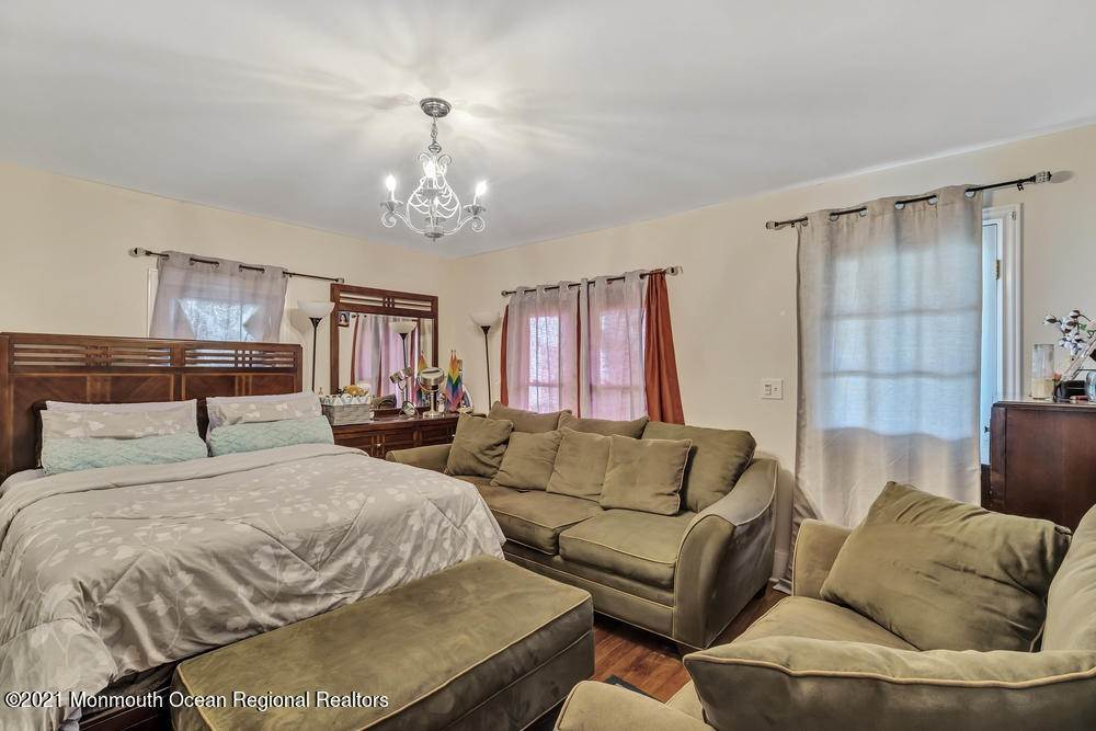 19. Single Family Homes for Sale at 847 Central Avenue Asbury Park, New Jersey 07712 United States