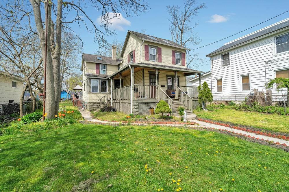 27. Single Family Homes for Sale at 847 Central Avenue Asbury Park, New Jersey 07712 United States