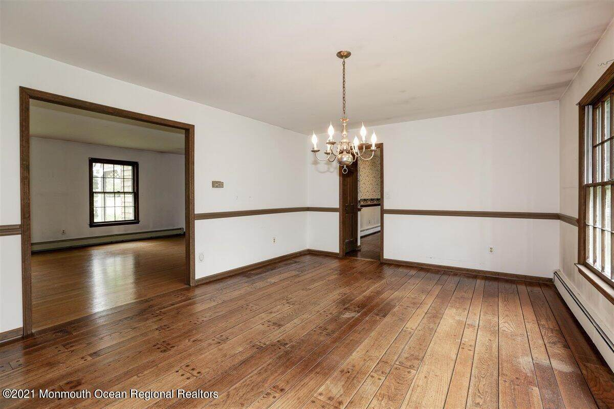 18. Single Family Homes for Sale at 3500 Belmar Boulevard Wall, New Jersey 07753 United States