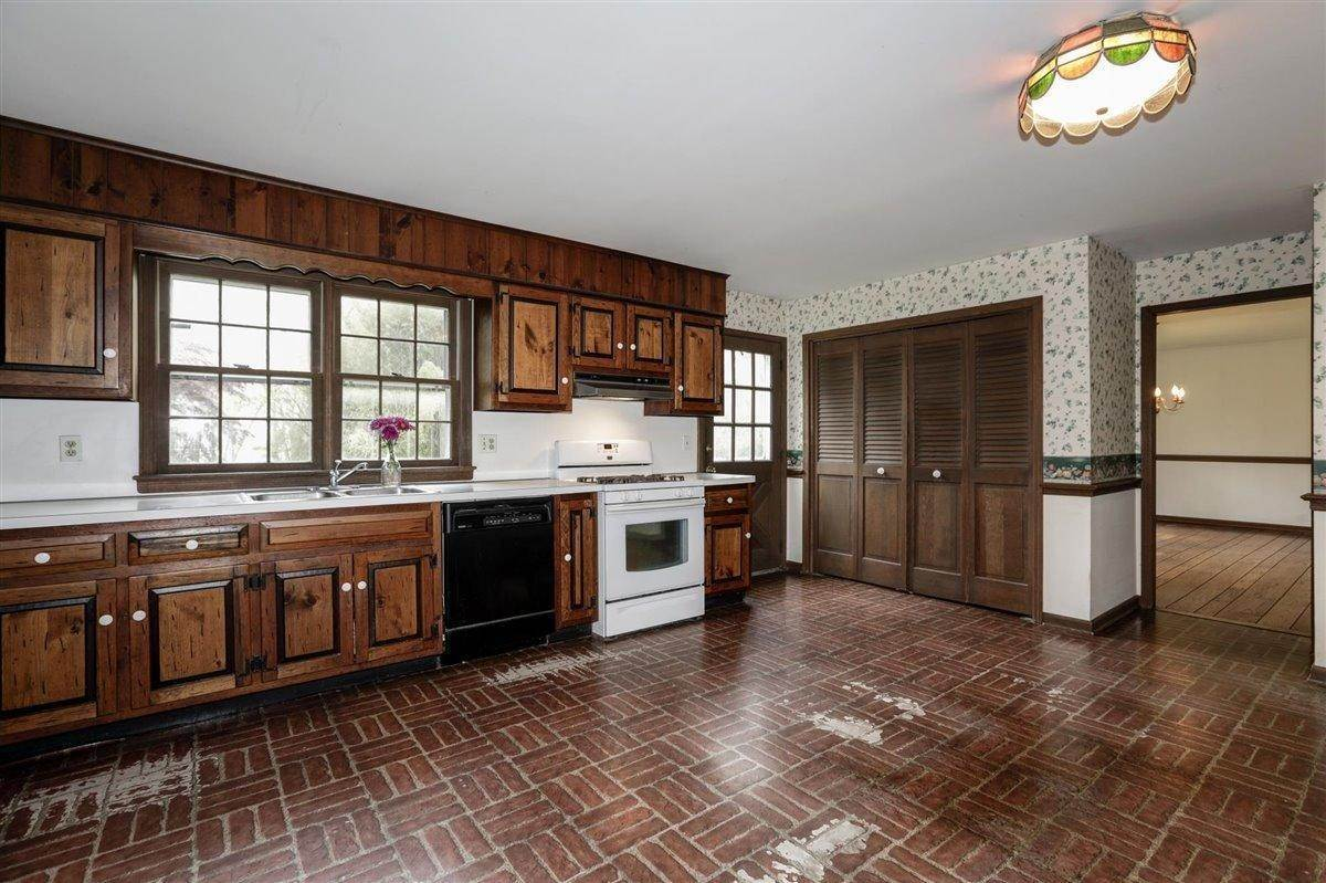 23. Single Family Homes for Sale at 3500 Belmar Boulevard Wall, New Jersey 07753 United States