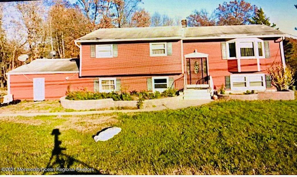 Single Family Homes for Sale at 132 Ryders Lane East Brunswick Township, New Jersey 08816 United States