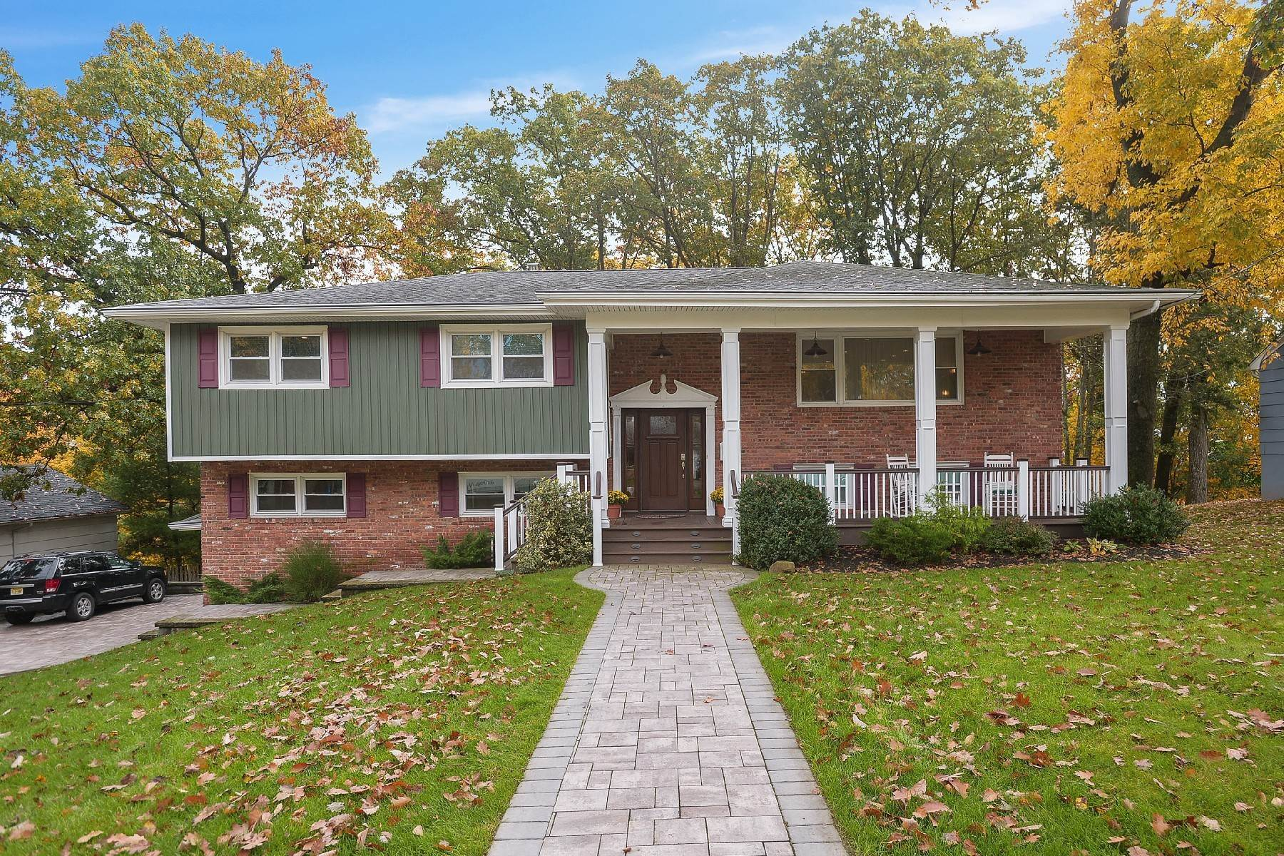 Single Family Homes for Sale at Open Concept - Hip House! 34 Edgemont Road West Orange, New Jersey 07052 United States