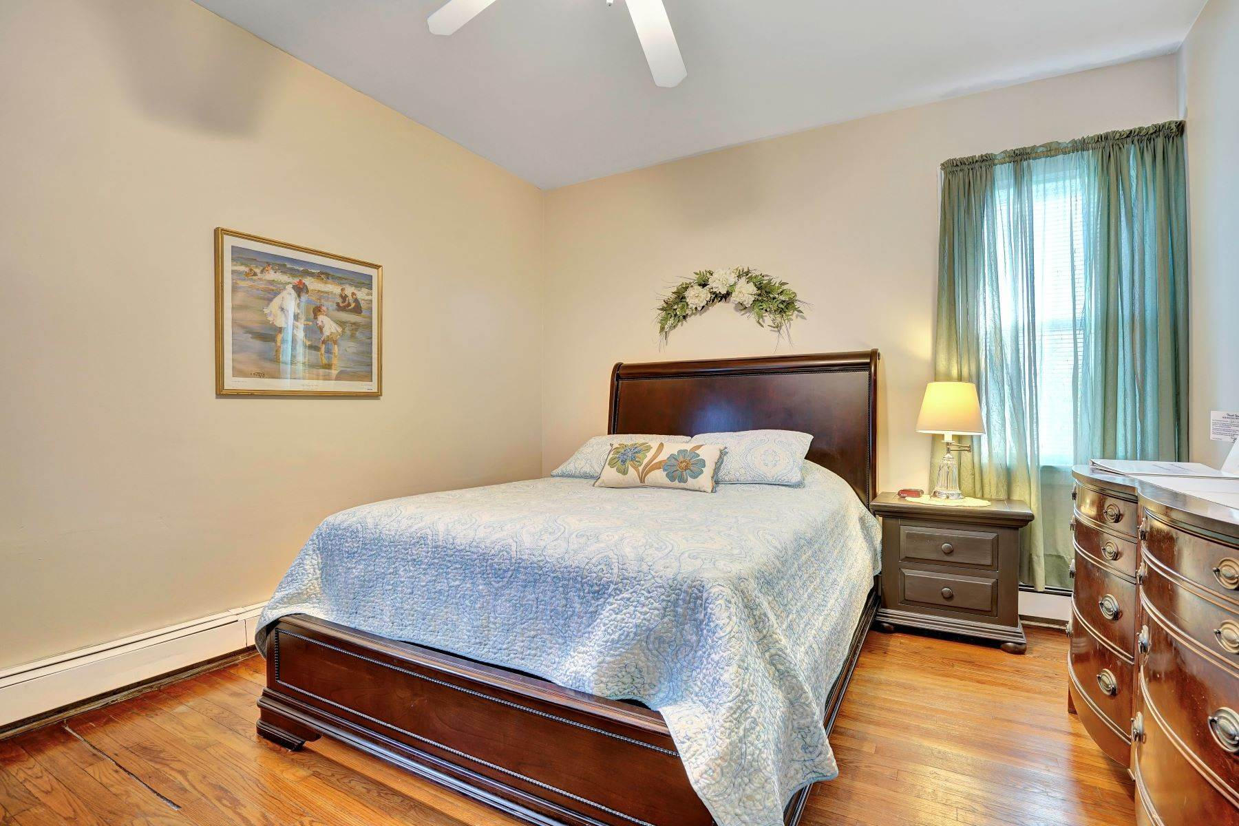 32. Single Family Homes for Sale at Bed and Breakfast in Bradley 204 Third Avenue Bradley Beach, New Jersey 07720 United States