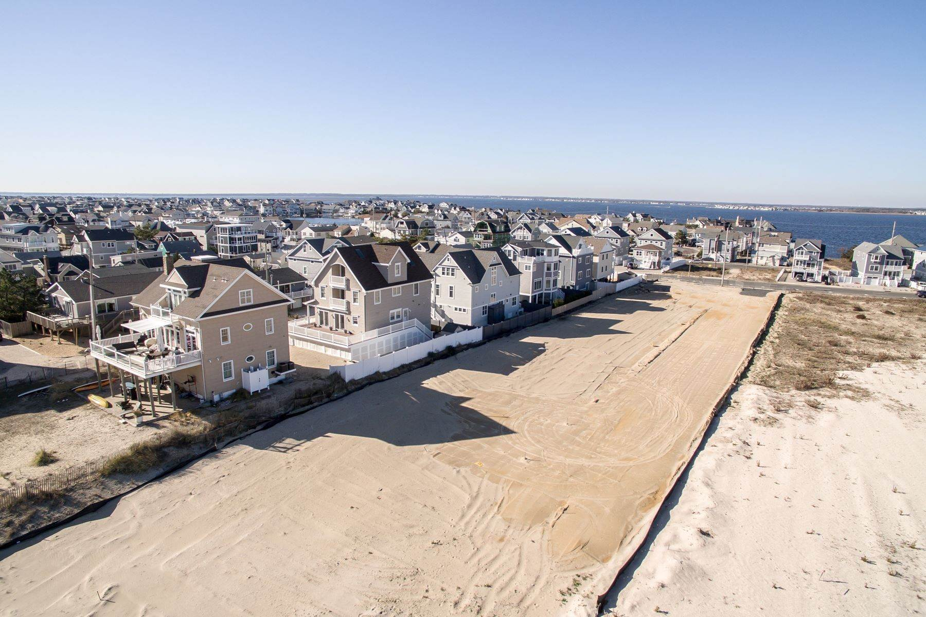 13. Single Family Homes for Sale at Unique Opportunity To Be Part Of A Brand New Private Beach Association 10 Cummins Street Mantoloking, New Jersey 08738 United States
