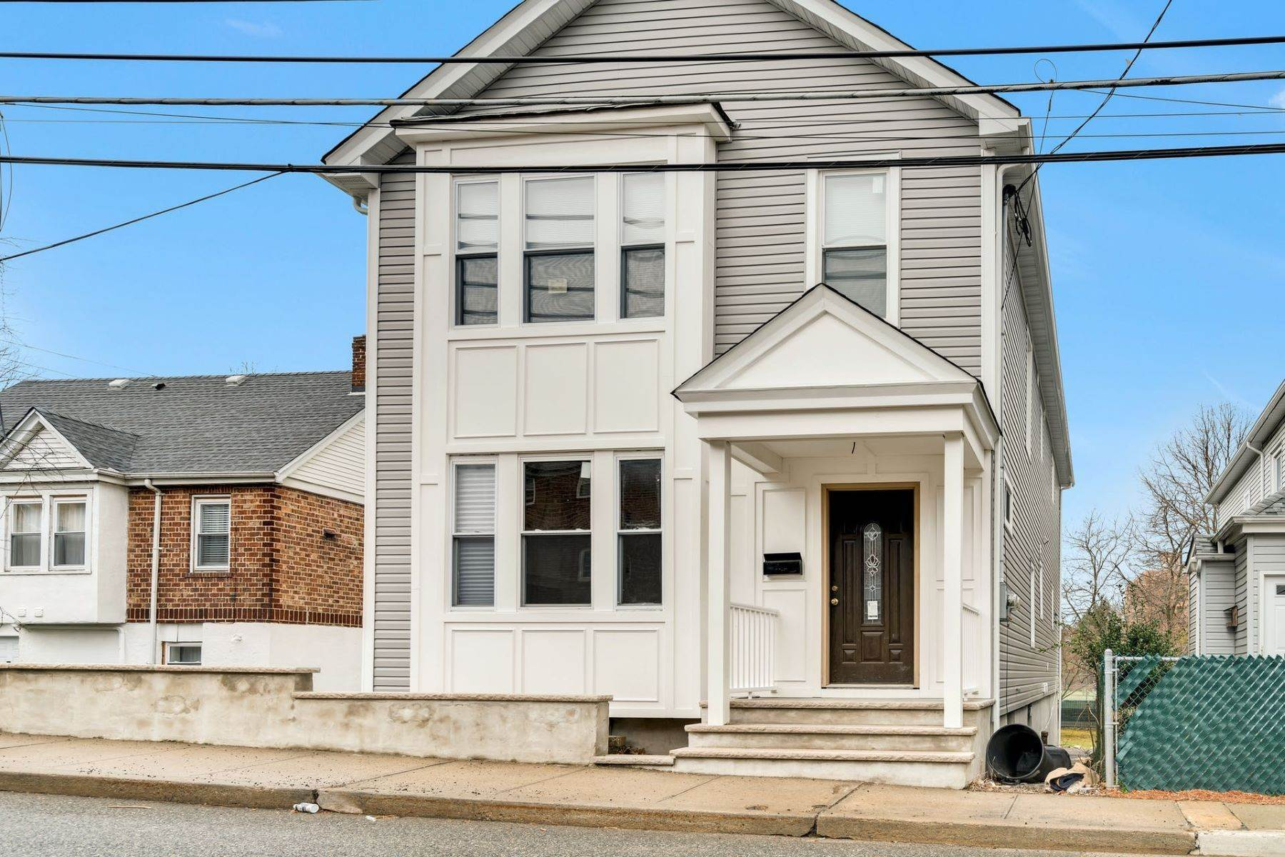 Multi-Family Homes for Sale at 222 Myrtle Ave, Fort Lee, NJ 07024 222 Myrtle Ave Fort Lee, New Jersey 07024 United States
