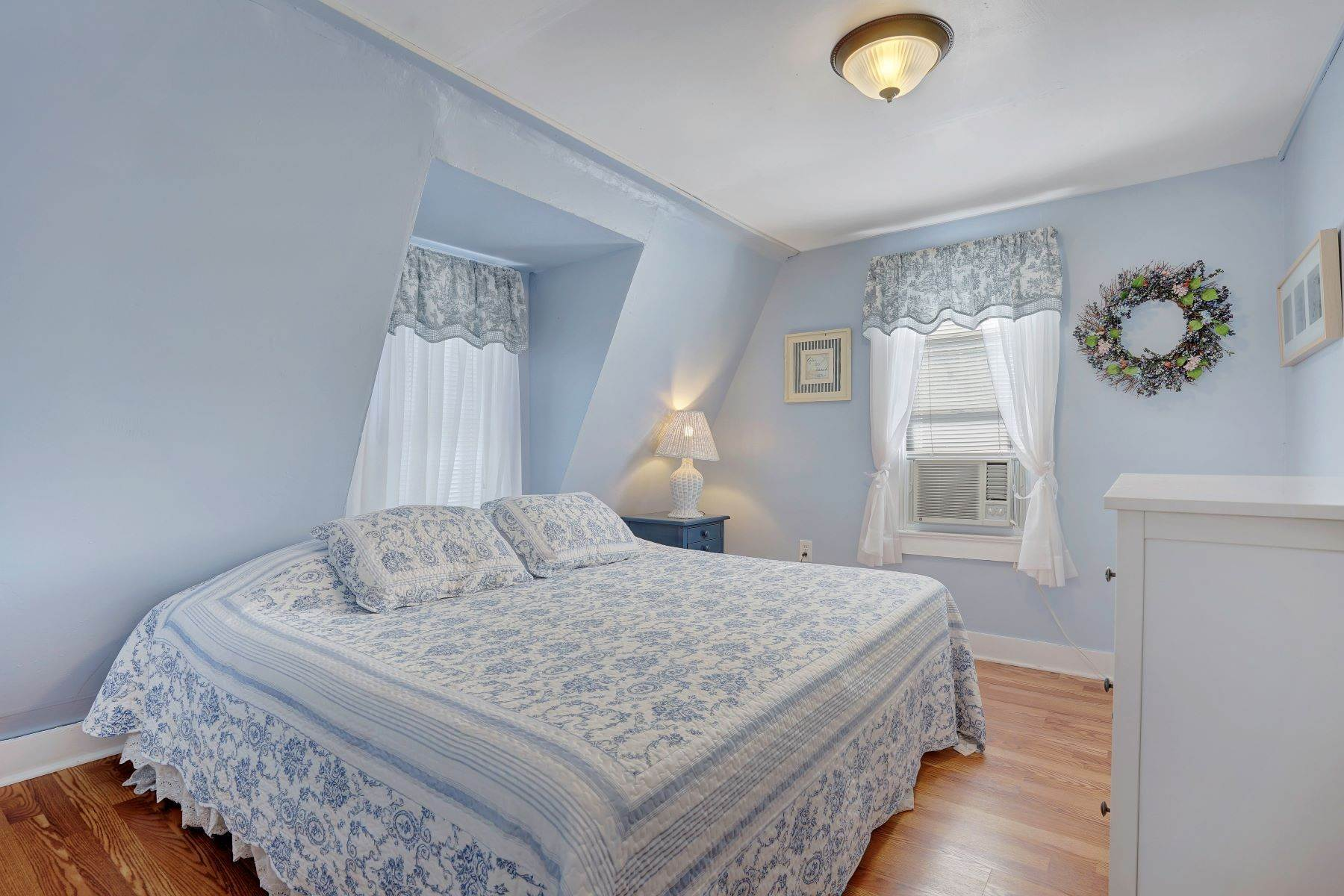45. Single Family Homes for Sale at Bed and Breakfast in Bradley 204 Third Avenue Bradley Beach, New Jersey 07720 United States