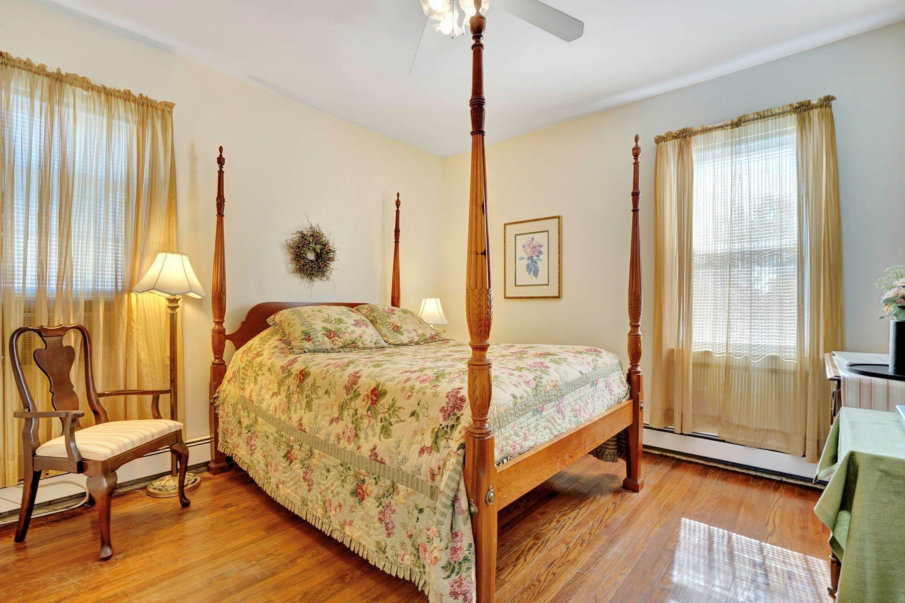 39. Single Family Homes for Sale at Bed and Breakfast in Bradley 204 Third Avenue Bradley Beach, New Jersey 07720 United States