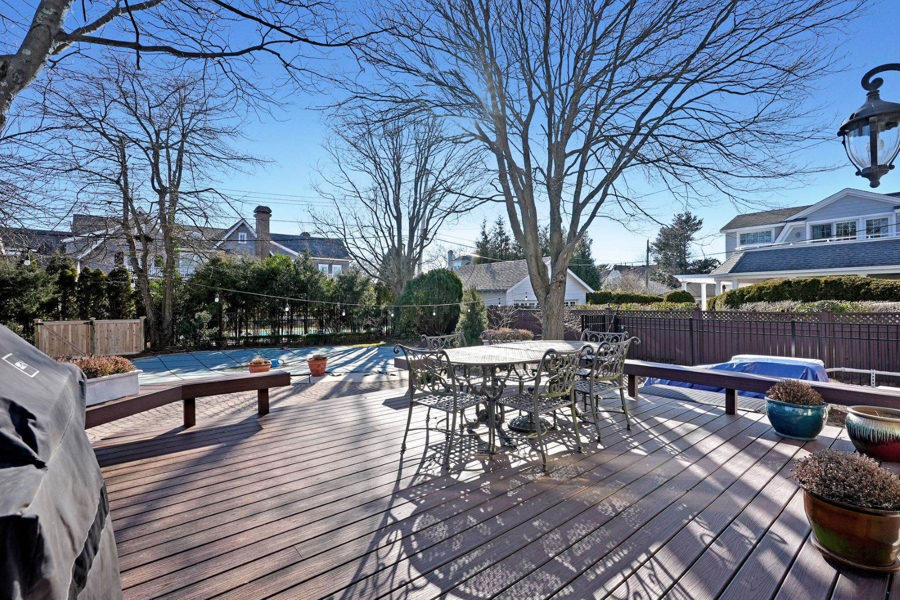 48. Single Family Homes for Sale at Strikingly Beautiful Home 31 Worthington Avenue Spring Lake, New Jersey 07762 United States