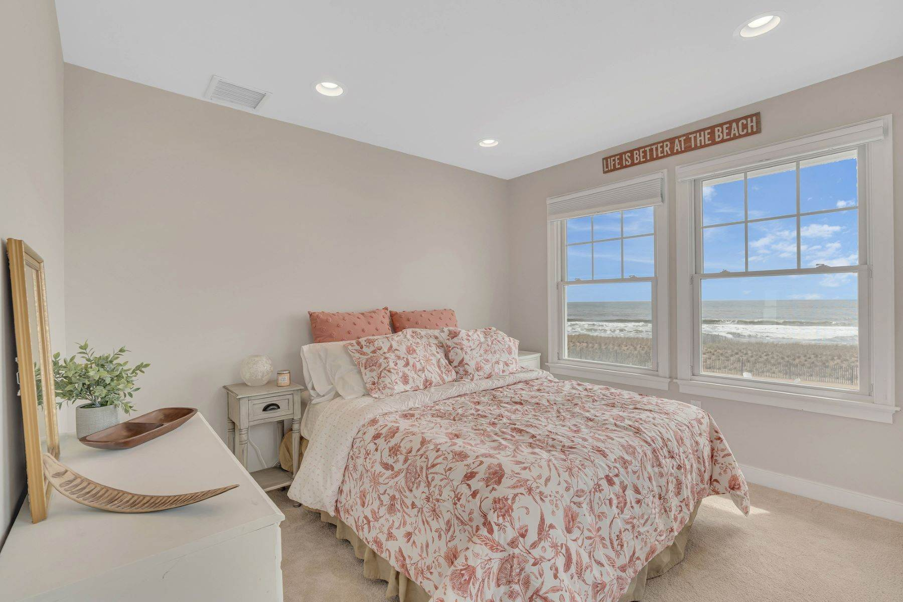 19. Single Family Homes for Sale at Truly Spectacular Oceanfront Home Is Exquisitely Designed 100 Lyndhurst Drive Mantoloking, New Jersey 08738 United States