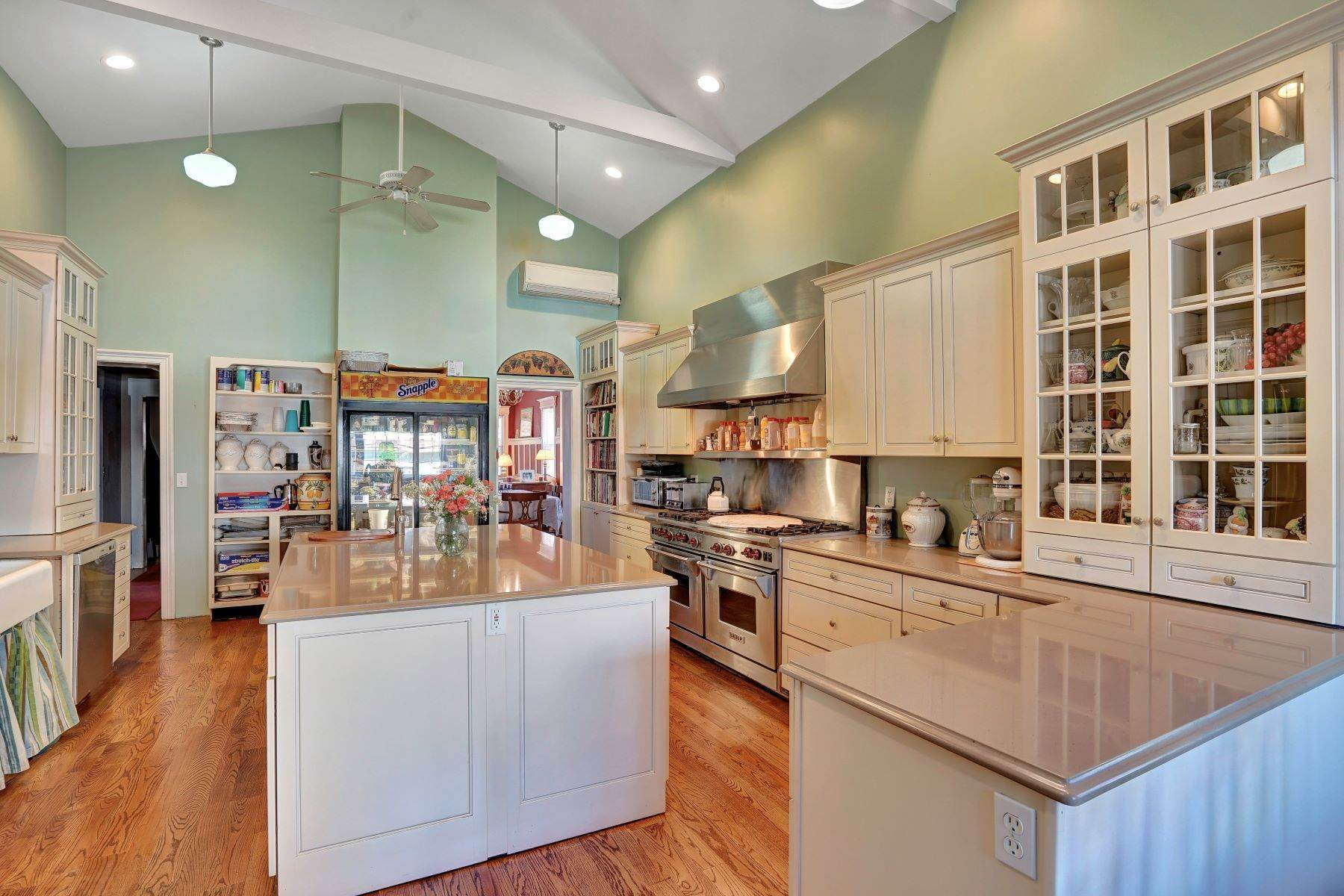 21. Single Family Homes for Sale at Bed and Breakfast in Bradley 204 Third Avenue Bradley Beach, New Jersey 07720 United States