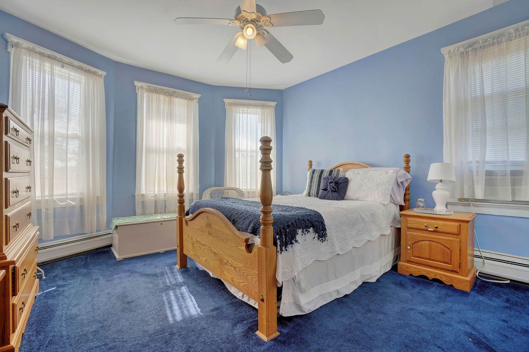 41. Single Family Homes for Sale at Bed and Breakfast in Bradley 204 Third Avenue Bradley Beach, New Jersey 07720 United States