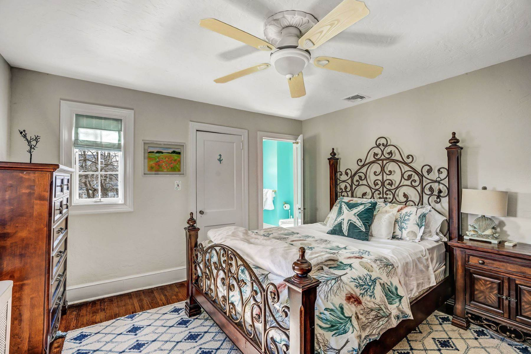 37. Single Family Homes for Sale at Strikingly Beautiful Home 31 Worthington Avenue Spring Lake, New Jersey 07762 United States