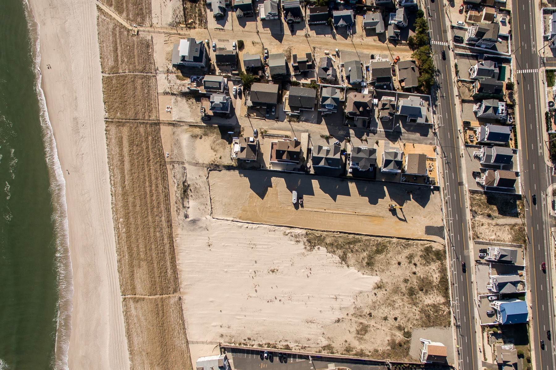 9. Single Family Homes for Sale at Unique Opportunity To Be Part Of A Brand New Private Beach Association 10 Cummins Street Mantoloking, New Jersey 08738 United States