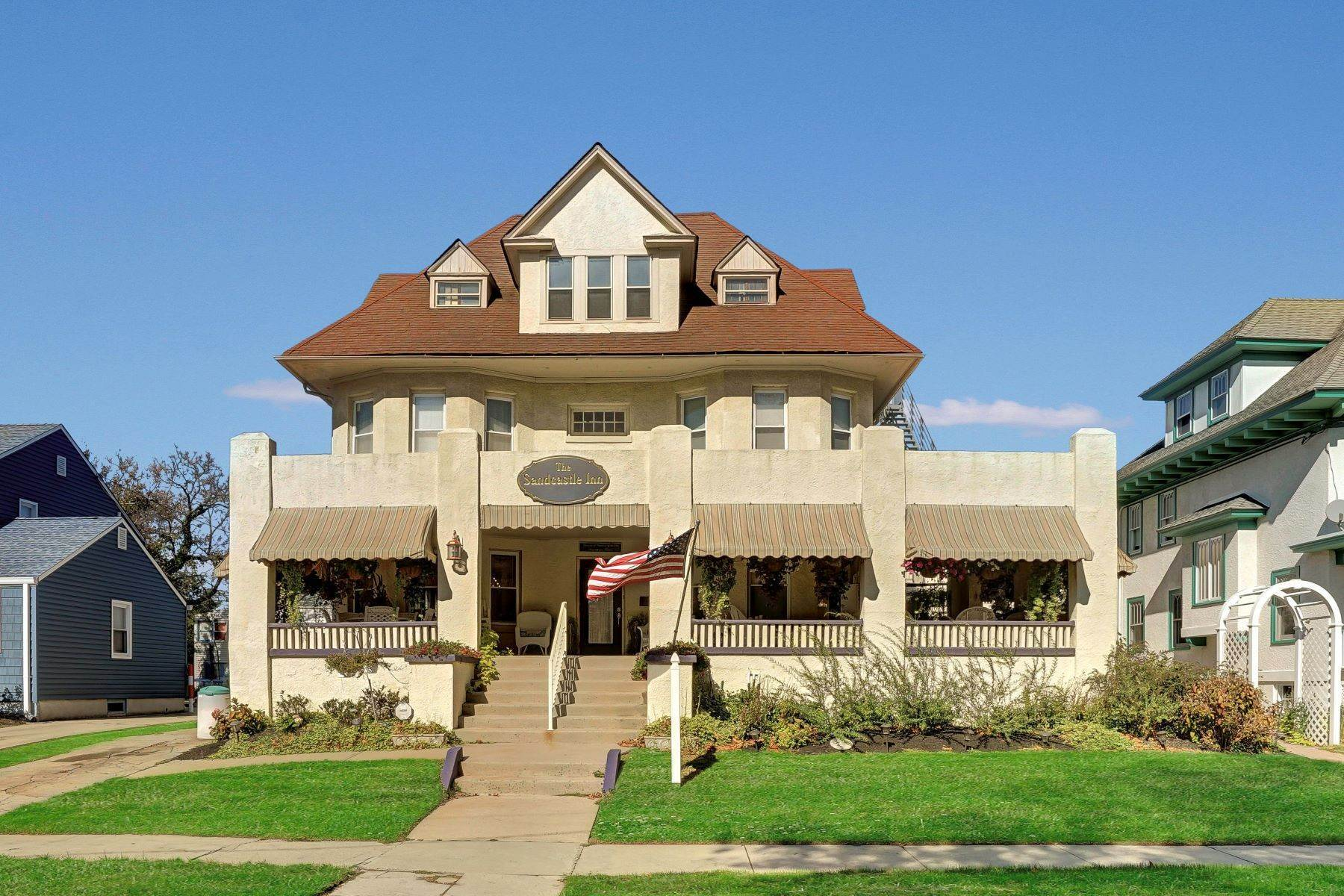 2. Single Family Homes for Sale at Bed and Breakfast in Bradley 204 Third Avenue Bradley Beach, New Jersey 07720 United States