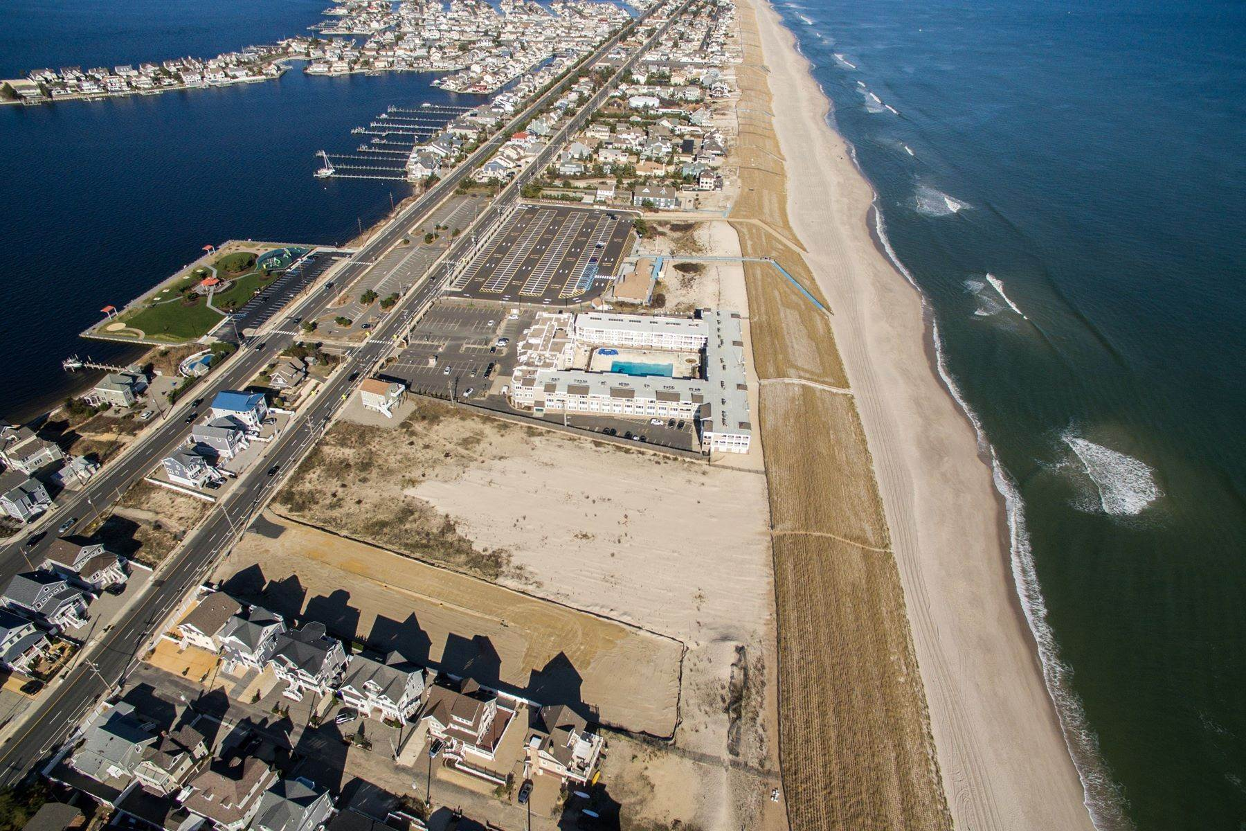 10. Single Family Homes for Sale at Unique Opportunity To Be Part Of A Brand New Private Beach Association 10 Cummins Street Mantoloking, New Jersey 08738 United States